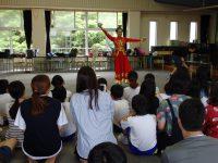 留学生による皿踊り