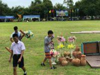 タイ滞在中に参加した運動会。開会式の準備をしています。