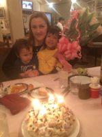 誕生日会。手作りケーキでお祝い!